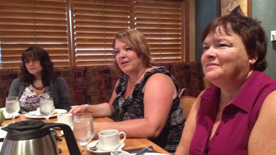 Referrall Moncton breakfast networking meeting.